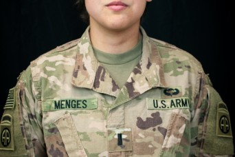 Soldier overcomes rare cancer to deploy with unit