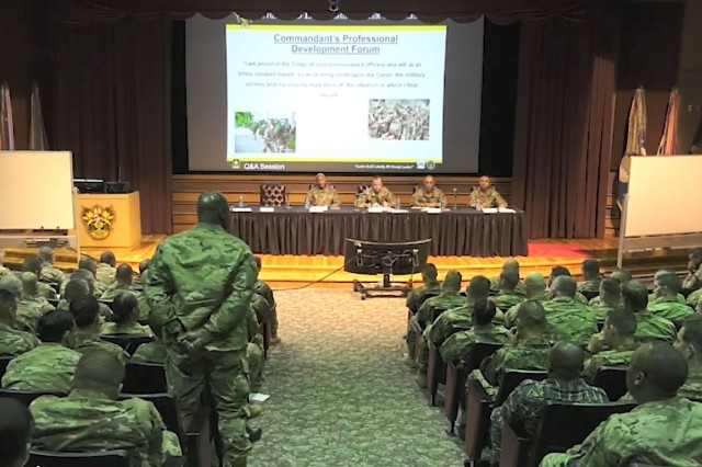 Students of the Sergeants Major Course Class 70, actively participate with the members of the roles and responsibilities panel, Dec, 2.