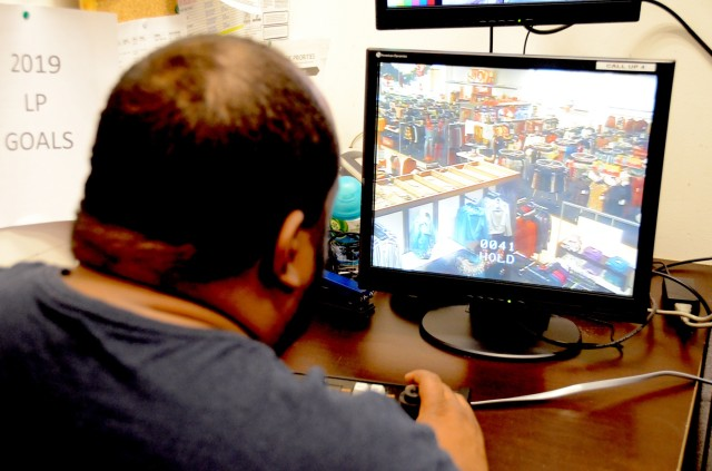 Shoplifting game 2 casino monte-carlo