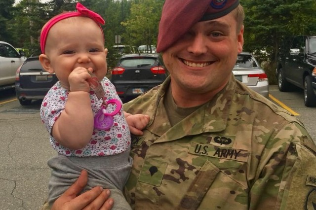 U.S. Army Spc. William McCormick and daughter Lillian. (U.S. Army photo courtesy Spc. William McCormick)