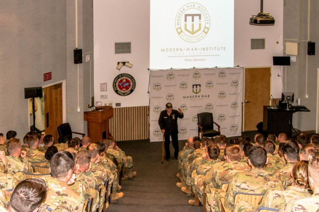 World War II veteran Vince Speranza talked about his war stories with cadets at the Modern Warfare Institute on Dec. 6 before meeting with cadets individually.