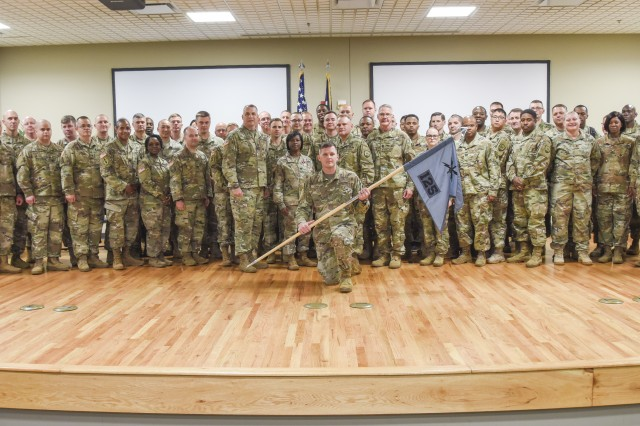 The 228th Theater Tactical Signal Brigade conducted a change of command ceremony for the 125th Cyber Protection Battalion at McEntire Joint National Guard Base in Eastover, South Carolina, June 1, 2019, to recognize the outgoing commander, U.S. Army Lt. Col. Linda Riedel, and welcome the incoming commander, U.S. Army Lt. Col. William Medlin.