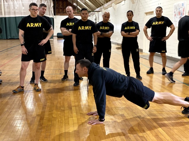 Master fitness trainers learn teaching techniques