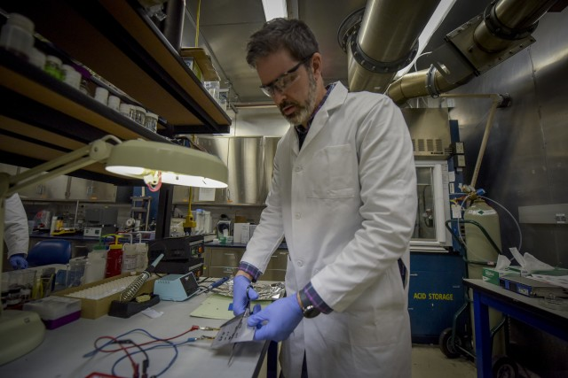 Army Scientists' on verge of nearly indestructible battery