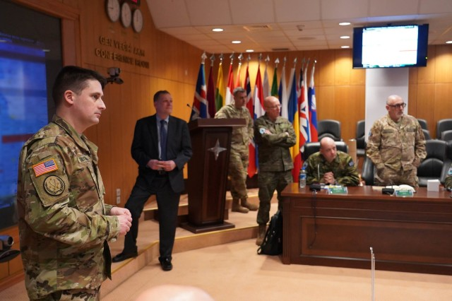 """U.S. Army Lt. Col. Wilson Blythe, Jr., Battlefield Development Plans Chief for Army Futures and Concepts Center, U.S. Army Futures Command, and his team brief select senior staff representatives from LANDCOM, NATO Rapid Deployable Corps Italy, and NATO Rapid Deployable Corps Greece on the Multi-Domain Operations Concept. They were visiting NATO Allied Land Command Headquarters in Izmir, Turkey to lead MDO discussions as part of a week of """"academics"""" at designed to educate and prepare the staff on Multi-Corps Land Component Command operations in preparation for Exercise Trident Jupiter 19-2."""