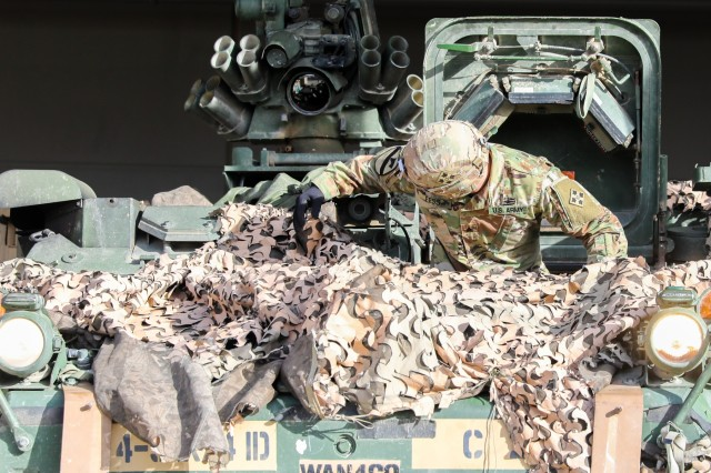 Master drivers conduct Stryker training