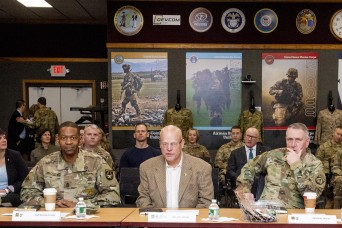 Commander of U.S. Army Futures Command visits Soldier Center