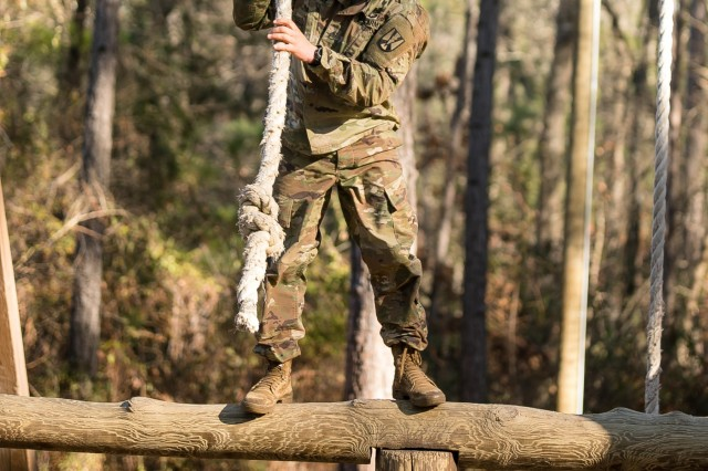 Staff Sgt. Jeremy Houser, 3rd Battalion, 39th Infantry Regiment traverses an obstacle on the Fit to Win 1 course. Houser competed for the  top title of 2020 Fort Jackson Drill Sergeant of the Year. (Photo by Ms. Saskia Gabriel/Fort Jackson)