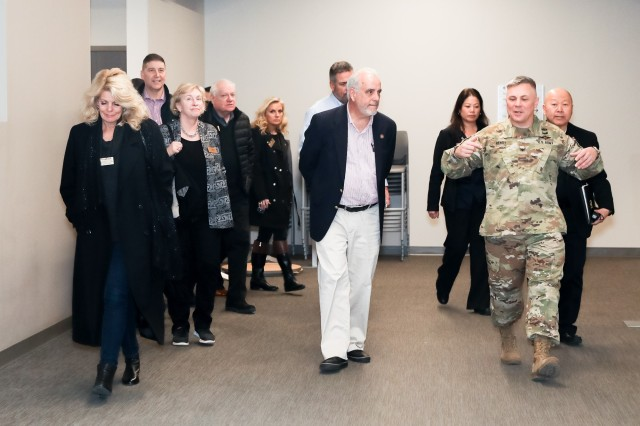 Civilian Aides to the Secretary of the Army (CASA) visit U.S. Army Intelligence and Security Command Headquarters