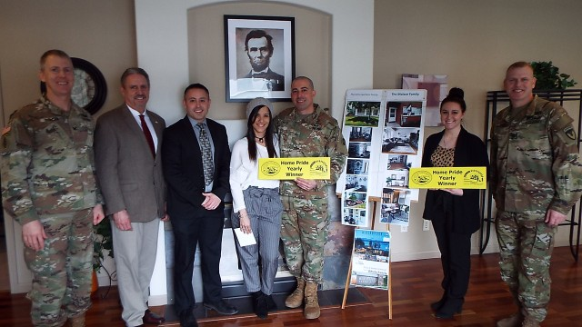 Local families receive Lincoln Military Housing Home Pride Award