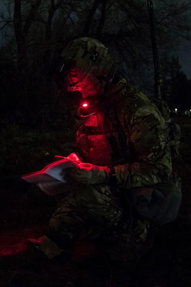 2-1 IN, 2-158 AHB Conduct Night Air Assault Training