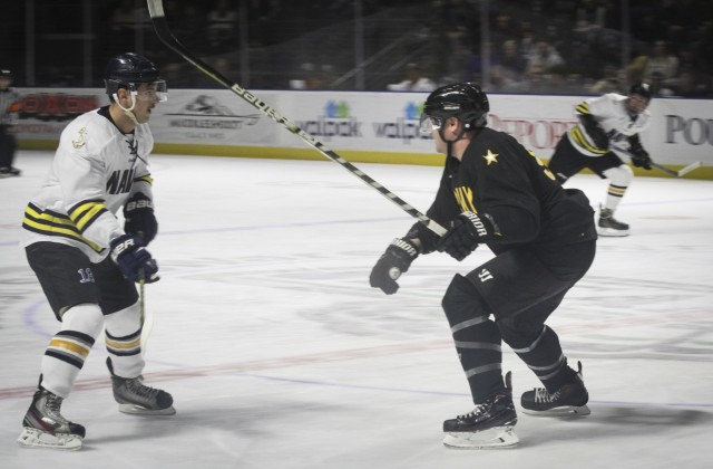 'Hockey is freedom': Army beats Navy on ice