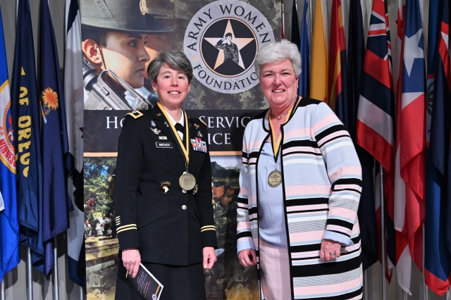 CH Meeker and retired CH Diefendorf inducted into the Army Women's Foundation 2020 Hall of Fame