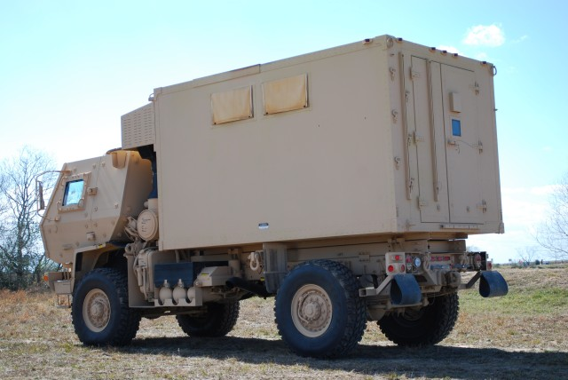 For expeditionary command posts, Army turns to mobile power