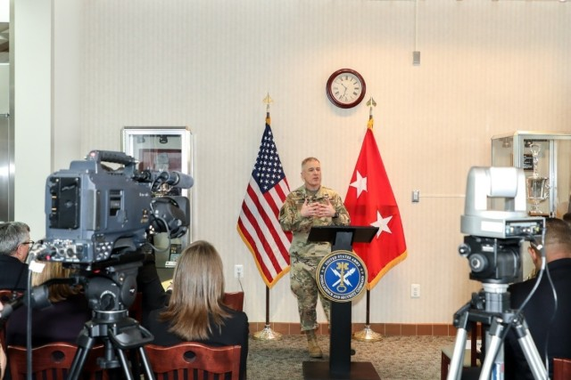 INSCOM virtual town hall updates command, focuses on continuity