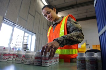 Reserve Soldiers support medical supply mission during pandemic