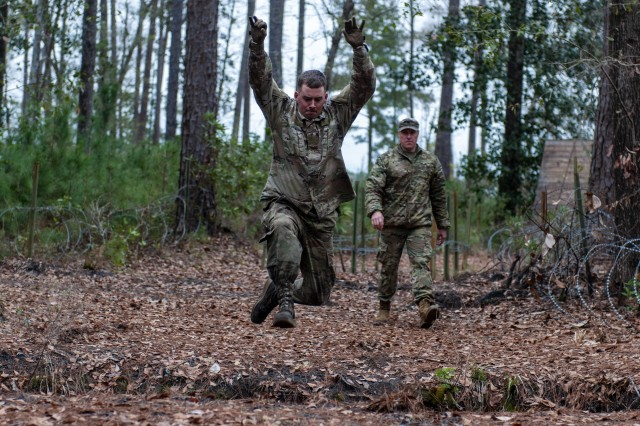 Guardians Name Nco And Soldier Of The Year For 2020 Article The United States Army