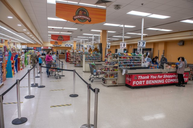 FORT BENNING, Ga. – Patrons and employees wear masks or other face coverings inside the Fort Benning commissary April 15 in keeping with a recent Department of Defense directive requiring masks or other face coverings as a precaution against the spread of COVID-19.