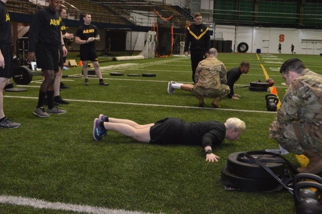 CCDC Soldier Center studies ACFT with Syracuse Recruiting Battalion