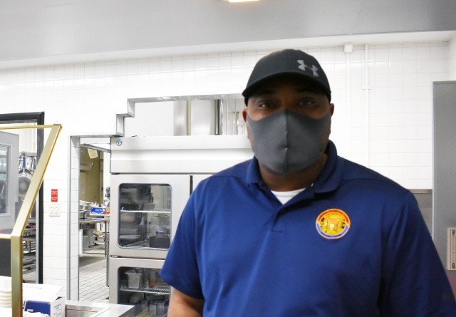 Camp Zama dining facility shifts to takeout-only with ease