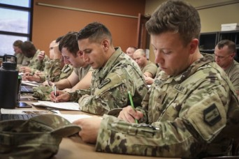 Soldiers sound off to Army leadership in new survey
