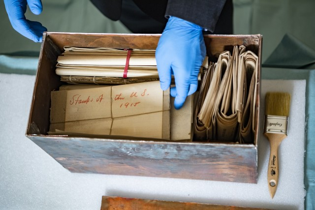 105-year-old memorabilia box opened at Arlington Cemetery