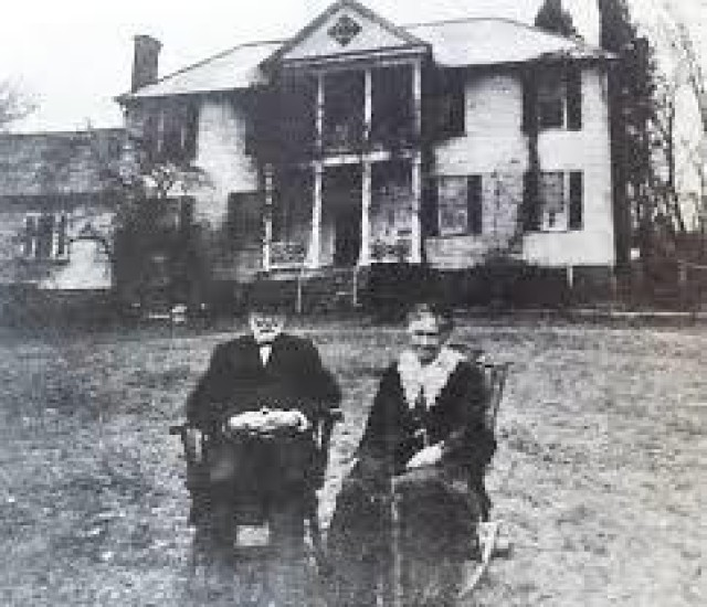 James Bellwood is pictured with his wife, Helen, at the Richmond, Virginia, manor in 1915. After purchasing the property three decades earlier, Bellwood and his sons used innovative agricultural techniques to transform the plantation into a modern farm and dairy operation. (Courtesy photo)