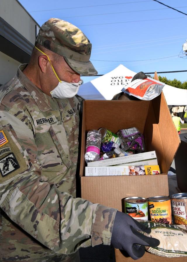 California National Guard Soldiers assist Napa food bank