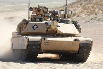 Tank-automotive and Armaments Command takes part in Michigan Defense Expo