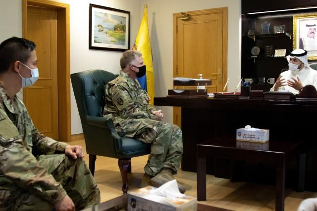 U.S. Army officers meet with Sheik Abdullah M. Al-Sabah