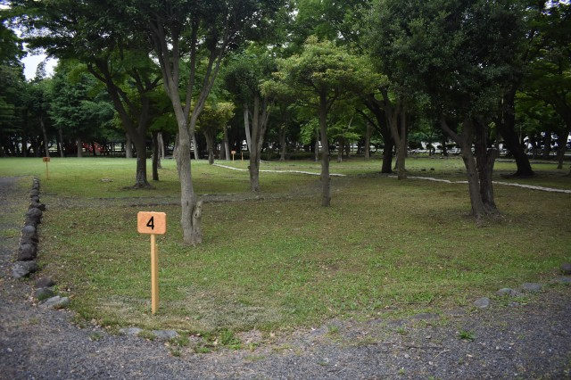 The Shrine Park at Sagami General Depot has several campsites available for campers.