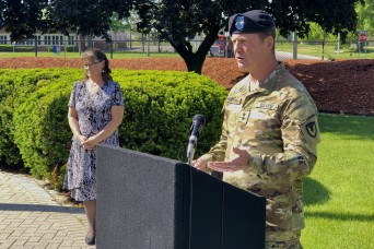 Col. Jeffrey Witt retires at Tank-automotive and Armaments Command