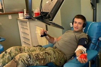 2LT first to donate convalescent plasma at Benning