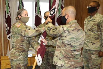 Dental Health Command-Pacific change of command ceremony, Tomsett takes command