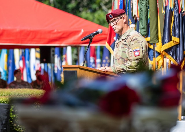 Maj. Gen. James Mingus, outgoing commander of the 82nd Airborne Division, gives remarks during the 82nd Abn. Div. Change of Command and Change of Responsibility Ceremony on Fort Bragg, N.C., July 10, 2020. During the ceremony, Maj. Gen. Mingus relinquished command to Maj. Gen. Christopher T. Donahue and Command Sgt. Maj. Cliff Burgoyne relinquished responsibility to Command Sgt. Maj. David Pitt.