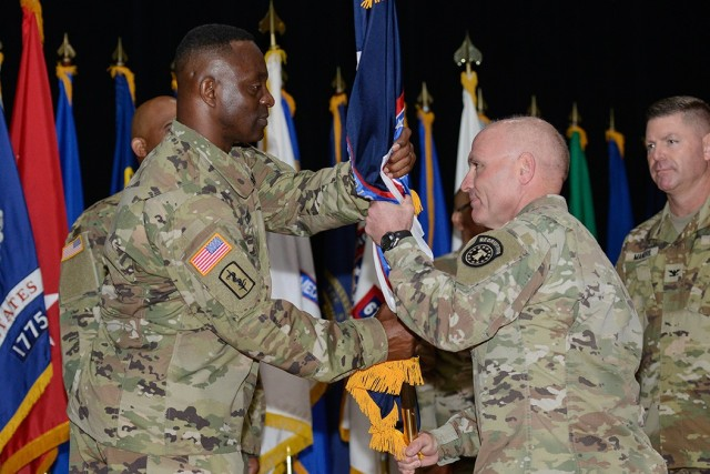 Medical Recruiting Brigade welcomes new command team during time of change