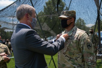 Tennessee Guardsman receives Soldier's Medal for heroism