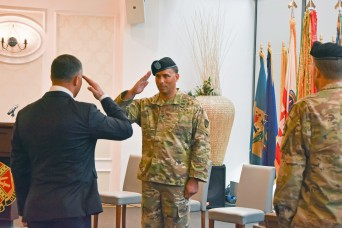 Garrison Wiesbaden welcomes new commander