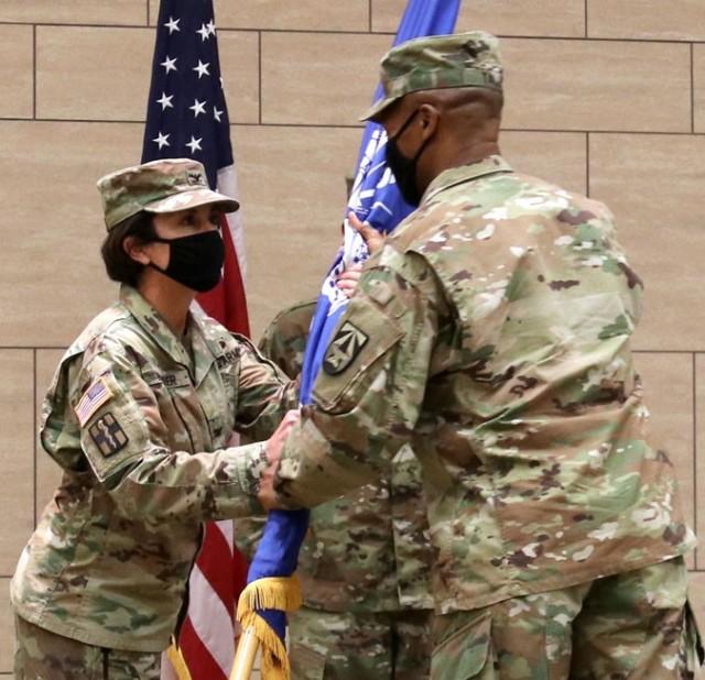 USAMRICD Welcomes Neumeier as New Commander