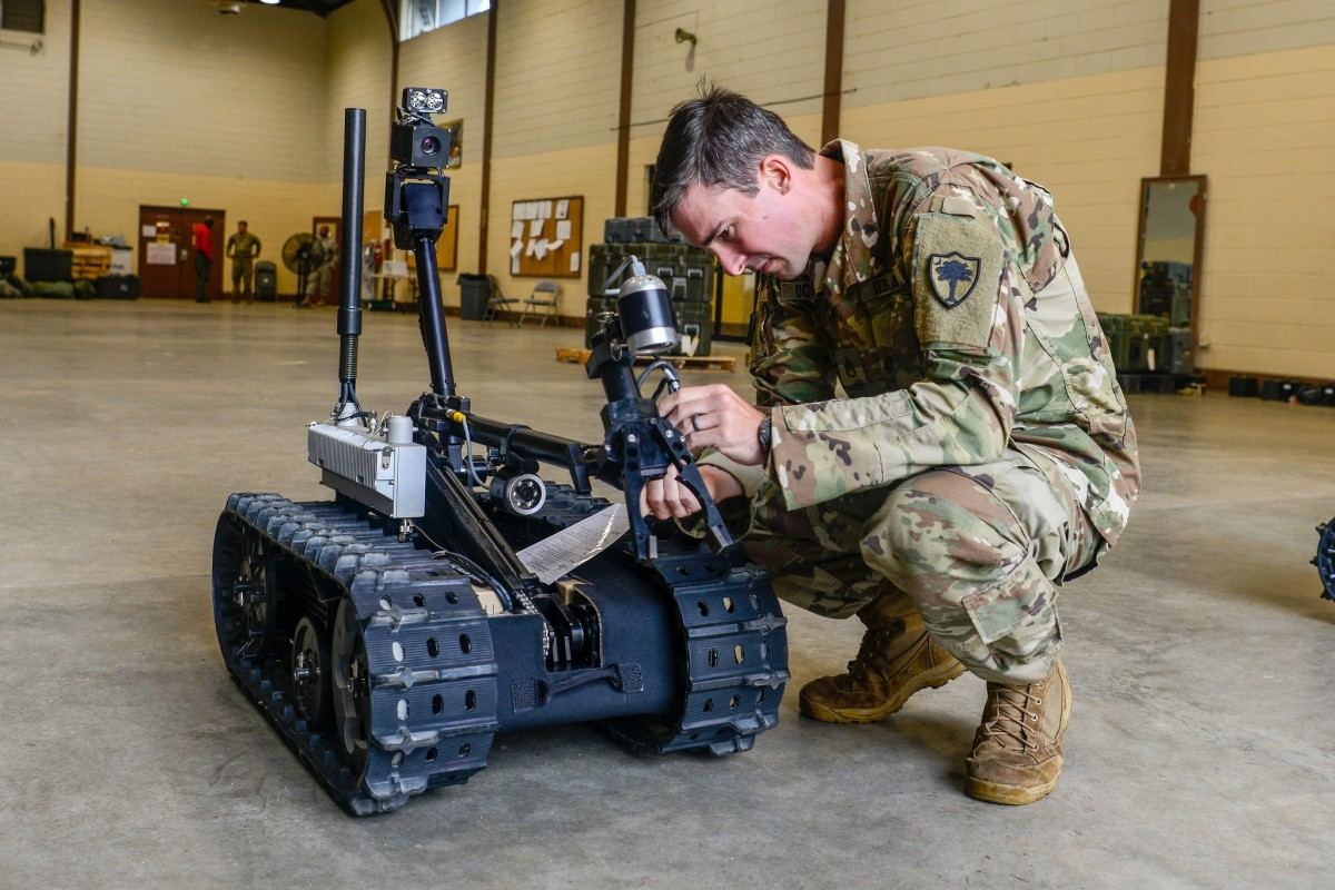 Soldiers' facial expressions could help inform more effective teaming with robots. (Sgt. Jorge Intriago)