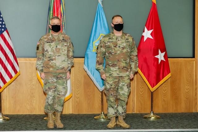 INSCOM welcomes 16th Command Sergeant Major