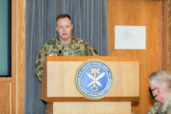 INSCOM welcomes 16th Command Sergeant Major