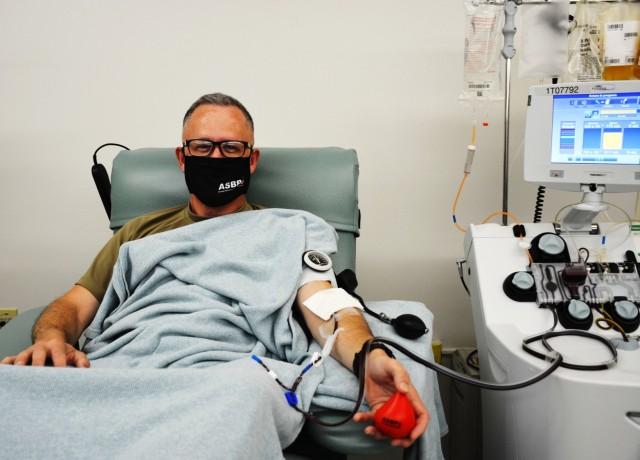 Maj. Gen. Michael Place donates COVID Convalescent Plasma