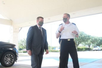 Secretary of the Army visits Fort Hood Community Leaders