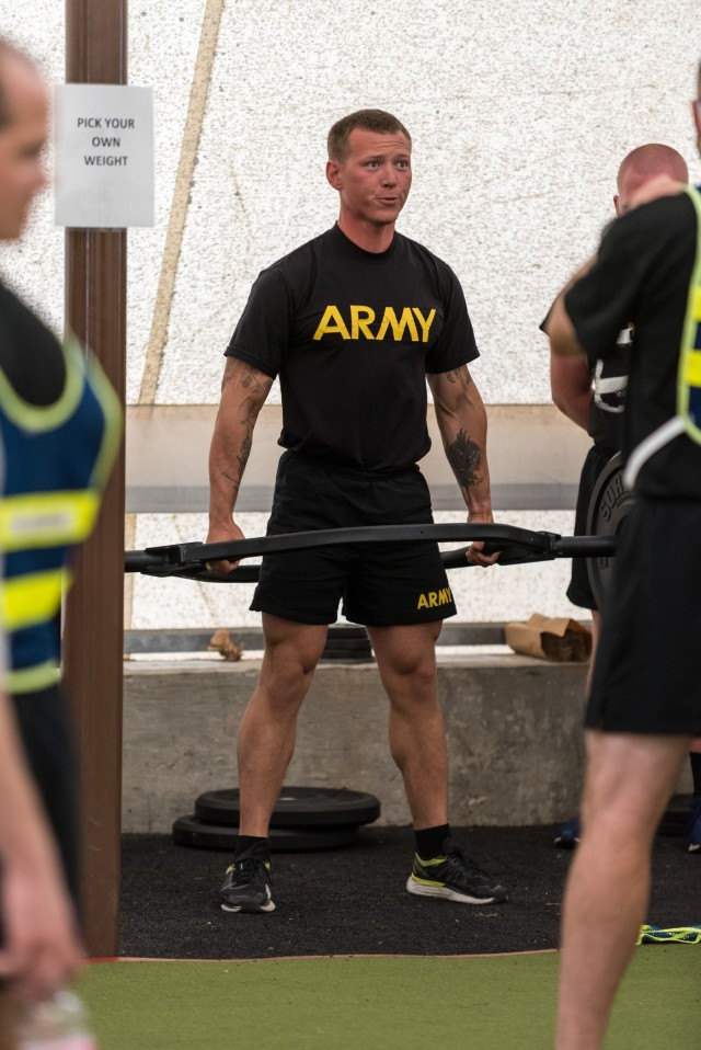 Drill sergeant wins Army's top honors