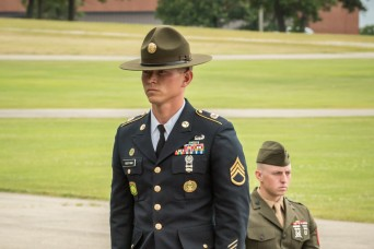 Military policeman named top Army drill sergeant