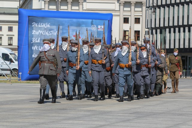 A Polish army reenactment group marches during events commemorating the 100th anniversary of the Battle of Warsaw and Armed Forces Day in Warsaw, Poland, Aug. 15, 2020. The ceremonies recognized the skill, determination, and hard-fought victory of the Polish defenders in its decisive battle a century ago. (U.S. Army photo by Cpl. Justin W. Stafford)