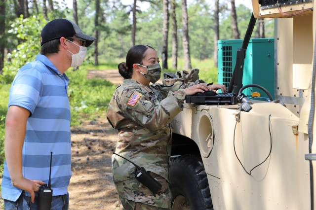 Army seeks to minimize command posts' electronic signature, avoid detection