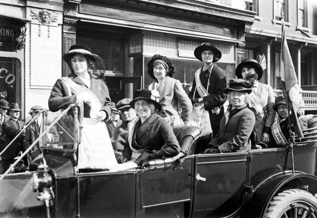 Women of Political Union Army and Navy day electioneering tour of Brooklyn