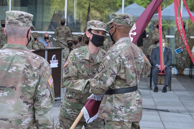 Col. Deydre Teyhen relinquishes command of WRAIR